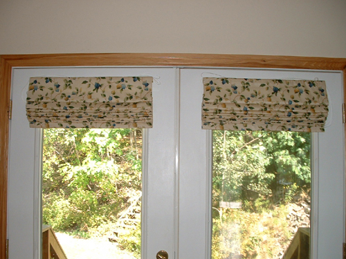 Patio Door Window Treatment. Roman Shades On Atrium Doors.
